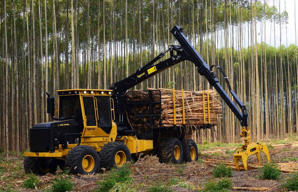 New Tigercat crane and grapples | Wood Business