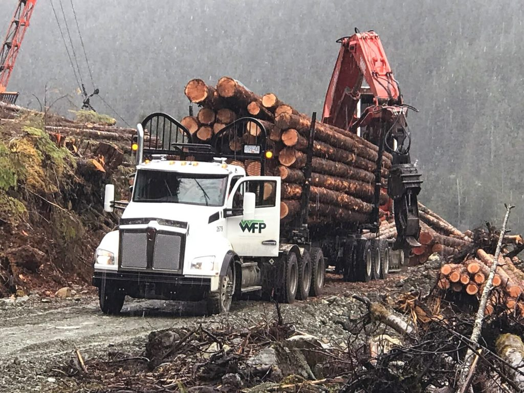 Log hauling evolution: Western Forest Products' truck fleet - Wood